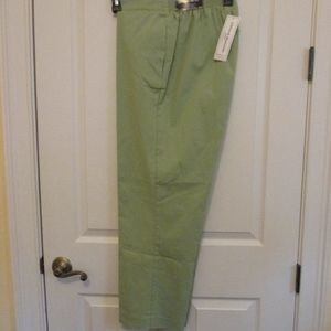 NWT - ALFRED DUNNER pants - sz 14P - MSRP $48.00